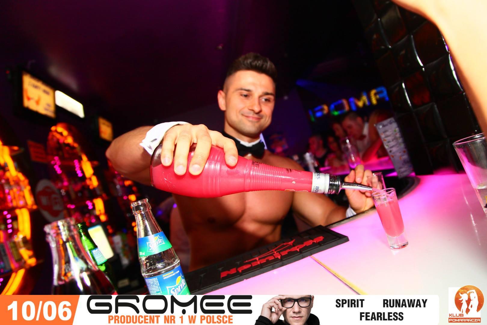 Barman topless na eventy